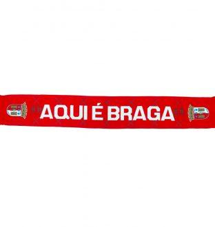 Here is Braga Scarf
